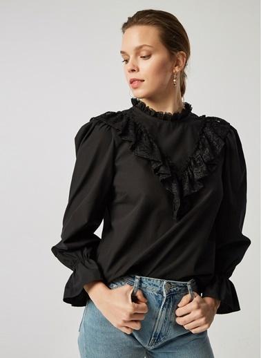 Monamoda Robası Dantelli Poplin Bluz Siyah